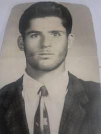 شهید علی میاندره در سن 20 سالگی