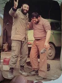 شهید علی میاندره به همراه سرهنگ اکبر پاسندی در بروجرد